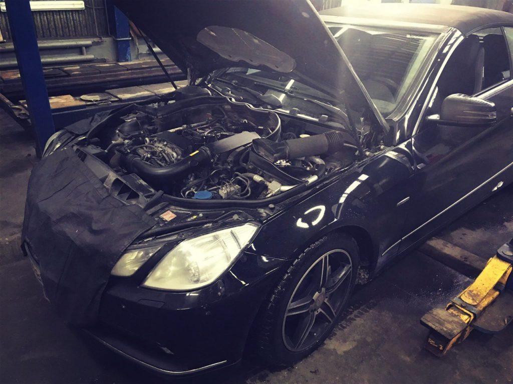 Обновление программного обеспечения Mercedes-Benz
